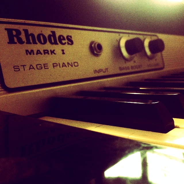 Rhodes Stage Piano- Live room 1
