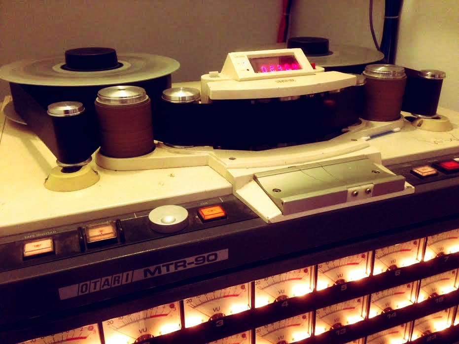 Tape Machine MTR 90 - Control room